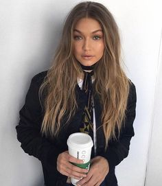 Add a little flare to your neck with a Skinny Scarf! This is one of the hottest trends this season. You'll see celebrities like Kendall Jenner & GiGi Hadid rocking this simple yet show stopping access