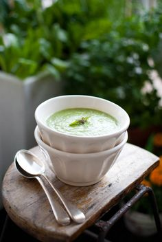 (Vegan, if you omit the ricotta cheese topping, or use an animal-free alternative) Leek Broccoli Pea Soup~