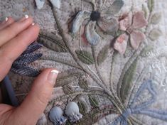 Quilt Otaku: Yoko Saito: Floral Boquet Quilt