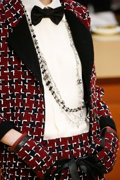 Chanel - Fall 2015 Ready-to-Wear - Look 81 of 161