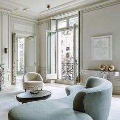 Awesome Parisian Chic Apartment Decor Inspirations - Page 91 of 108 Best Interior Design, Interior Design Inspiration, Interior Ideas, Interior Decorating, Canapé Design, House Design, Design Trends, Light Design, Design Blogs