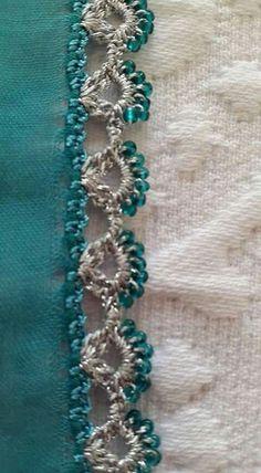 Yogurtcu Crochet Boarders, Crochet Lace Edging, Crochet Flowers, Crochet Stitches, Saree Tassels Designs, Saree Kuchu Designs, Beaded Embroidery, Hand Embroidery, Crochet Designs