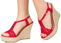 I neeeeed red sandals Crochet Sandals, Crochet Shoes, Make Your Own Shoes, Red Sandals, Crochet Accessories, Wedge Heels, Espadrilles, Crochet Patterns, Dress Shoes