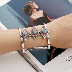 New Fashion Retro Silver Turquoise Elephant Pendant Bangle Cuff Bracelet Jewelry