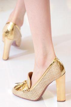 En color oro