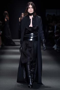 http://www.style.com/slideshows/fashion-shows/fall-2015-ready-to-wear/ann-demeulemeester/collection/27