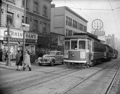 Photograph shows the No. 3 Davie route streetcar. 1944. (Photo via Vancouver Archives)