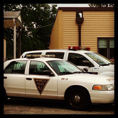 Impersonating a Police Officer, N.J.S.A. 2c:28-8(b)  Photo: Police Department, Hi-Nella, NJ