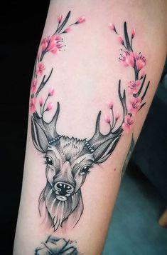 Deer Head Tattoo, Doe Tattoo, Tattoo Hals, Head Tattoos, Body Art Tattoos, Deer Antler Tattoos, Tiny Tattoo, Tattoo Fonts, Tatoos