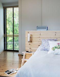 sovrum med sänggavel från norrgavel