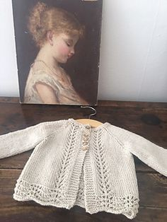 Old Shale Cardigan pattern by Anne B Hanssen