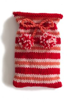 Sweet Knitted Pouch: free easy pattern