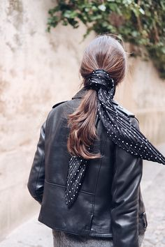 @isaberges hairstyle with scarf