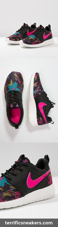 wan't those: Nike Sportswear ROSHE ONE black/pink foil/sail #Sneakers