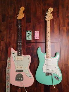 pastel battle: Fender Jazzmaster in Shell Pink vs Fender Stratocaster in Sonic Blue