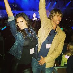 Eric Christian Olsen and Daniela Ruah