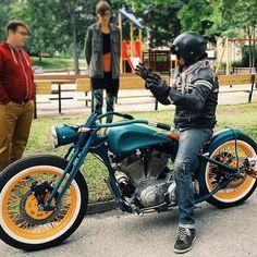 Instagram media by loenmontefusco - #harleydavidsoncustom #sportstercustom #boardtracker #motorbikes