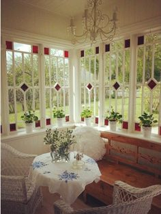 Jenny Karlsson's 1928 home. Cottage Porch, Cozy Cottage, Norwegian House, Leadlight Windows, Victorian Porch, Swedish Cottage, Interior And Exterior, Interior Design, Cabins And Cottages