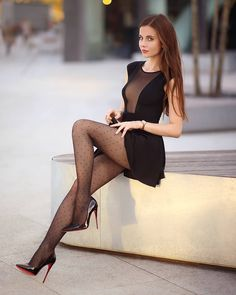 Black tights and stockings. Pantyhose Outfits, Black Pantyhose, Black Tights, Tights And Heels, Sexy Legs And Heels, Shoes Heels, Sexy Outfits, Sexy Women, Femmes Les Plus Sexy