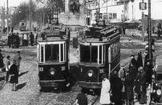 ey kargaları bülbülleyen gönül kara  kara bir kabe kadar kara gönül -kara- satıhlarda tabanları yoklayan bir pazarlık özü kısa pervasız sırlaşmalar derin pervazlarda derin su diplerine de baktım sen orda da yoksun gül işini bırak  tramvaydan atlayalım istikametimiz kopsun.  'Alper Gencer - Dünya Bülbülü'