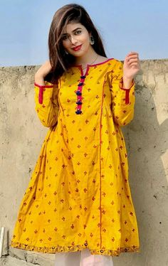 Stylish Dress Book, Stylish Dresses For Girls, Frocks For Girls, Simple Dresses, Casual Dresses, Simple Pakistani Dresses, Pakistani Fashion Casual, Pakistani Dress Design, Frock Fashion