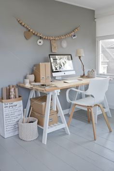 Browse pictures of home office design. Here are our favorite home office ideas that let you work from home. Shared them so you can learn how to work. Home Office Space, Office Workspace, Home Office Design, Home Office Decor, Office Ideas, Workspace Design, Small Office, Office Designs, Office Table