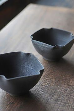 black ceramics, a selection by Angry Pixie. If you love ceramics,  head to Angry Pixie's blog. angrypixie.co