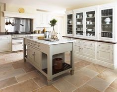 Kitchen decor, Kitchen designs, Kitchen decorating ideas - Island off the ground. Moveable?