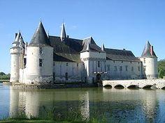 Chateau du plessis-Bourré - région Pazys de Loire - près d'Angers) - bâti par Jean Bourré, Grand Argentier et confident de Louis Xi - 1468-1473