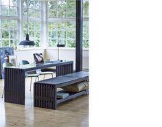 Sort trallebord produceret af mørke traller