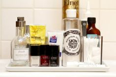 Awesome site!! Lexi's Ultimate Bathroom Organization Tips