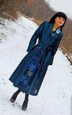 Платье клеш с вышивкой шелком (127) – купить или заказать в интернет-магазине на Ярмарке Мастеров | ПРОДАНО<br />  Абсолютная классика, платье из…