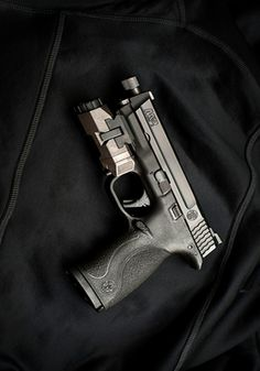 """Smith & Wesson M&P9 full size, threaded barrel, Infoce APL weaponlight (the thinnest """"full size"""" light for your pistol, uses 1-cr123a cell)"""