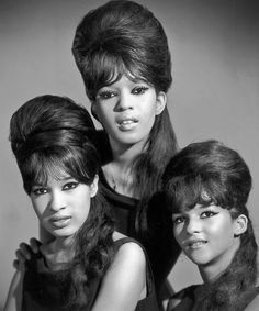 """Ronnie & The Ronettes - """"Be My Baby"""" - """"Walkin' In The Rain"""" - """"Baby I Love You"""", et al."""