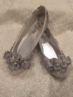 Custom order wedding shoes embellished with pearls rhinestones