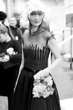 Audrey Marnay en backstage du défilé Chanel haute couture printemps-été 2015 http://www.vogue.fr/mode/inspirations/diaporama/fwpe2015-les-coulisses-de-la-fashion-week-haute-couture-de-paris-printemps-t-2015-jour-2/18787/carrousel#audrey-marnay-en-backstage-du-dfil-chanel-haute-couture-printemps-t-2015