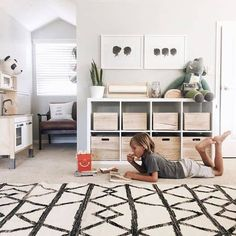 Minimalist Playrooms that will Convince You to Get Rid of the Toys is part of Children room boy Whether you are looking for design inspiration or are in need of some motivation to declutter your pla - Modern Playroom, Playroom Design, Playroom Decor, Bedroom Decor, Playroom Ideas, Modern Kids Toys, Modern Kids Bedroom, Toddler Playroom, Teen Bedroom
