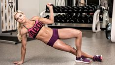 Work out like WWE Diva Charlotte with this exclusive workout from Muscle & Fitness Hers magazine