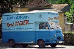 Pour ce samedi sur #BonjourLaVieille, une #Renault #Estafette des déménagements René FABER !