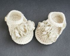 100% Cotton Shabby Chic Crochet Baby Sandals for Baby Girl, in Ivory, baptism spring summer shoes,size 0-3 months, ready to ship on Etsy, $27.09
