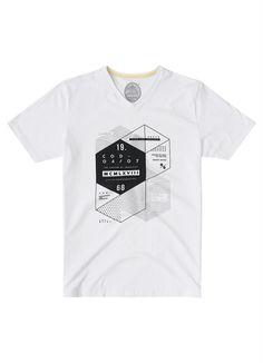 Camiseta Estampada Branco Malwee - Malwee Adulto Shirt Print Design, Tee Shirt Designs, Tee Design, Boys T Shirts, Cool Shirts, Tee Shirts, T Shirts For Women, Custom T Shirt Printing, Printed Shirts