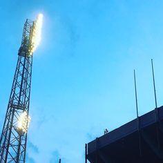 Lo spettacolo deve ancora cominciare  #tixi #tixilife #cagliari #calcio #seriea #cagliarijuve #football #soccer #stadio #happy