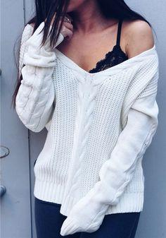 White Plain V-neck Fashion Acrylic Slim Pullover Sweater