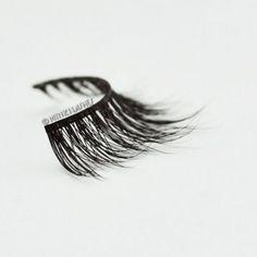 Mink False Eyelashes Tips & Hacks from the Minki Lashes Queen - Minki Lashes - Best Mink Eyelashes False Eyelashes Tips, Natural False Eyelashes, Applying False Eyelashes, Fake Lashes, Mink Eyelashes, Lash Conditioner, Eyelash Tips, Artificial Eyelashes, Beautiful Eyelashes