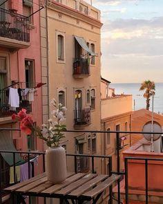 European Summer, Italian Summer, Summer Aesthetic, Travel Aesthetic, Beige Aesthetic, Places To Travel, Places To Visit, Northern Italy, Aesthetic Pictures
