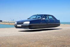 設計師Sylvain維奧想像一下哈弗汽車,我們被許諾由克里斯托弗·喬布森於2015年4月21日 懸停-1  對於自己持續的系列飛行汽車,法國設計師西爾維奧數字編輯轎車的照片變成光滑,無輪,似乎只是漂浮在地面上懸停的汽車。維奧不僅用他自己的攝影來創建這些科幻車,但幸運的是權利要求很多實際的汽車在他自己的收藏。他原本只是工作,因為他們的經典太空時代的設計,80年代的雪鐵龍汽車,但繼續分支機構,在過去的幾個月中,包括來自標致,豐田,雷諾汽車。你可以看到更多的在這裡