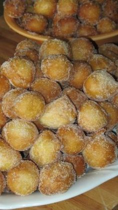 Frittelle leggerissime Italian Pastries, Italian Desserts, Italian Recipes, Biscotti Cookies, Cake Cookies, Churros, Bolacha Cookies, Italian Cookies, Beignets