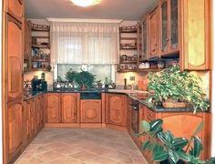 Gerland konyhabútorok minden esetben egyedi kivitelezéssel, külön helységben, vagy egy térben az étkezővel. Nem csak szekrényeket készítenek, érdemes megnézni a következő szép megoldásokat: konyhasziget beépítés, térelválasztó konyhapult, átadópult, konyhasarok egyaránt a kivitelezés része. #konyha #butor #konyhabutor #kitchen #furniture #interior #otthon #home #wood Kitchen Cabinets, Minden, Home Decor, Decoration Home, Room Decor, Kitchen Base Cabinets, Dressers, Kitchen Cupboards, Interior Decorating