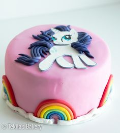 My little poney Rarity fondant cake with rainbows #mylittleponey #rarity