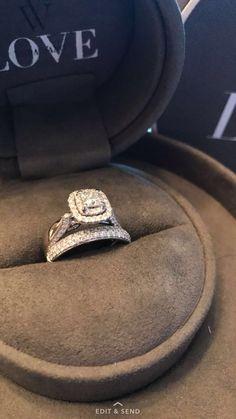 Vera wang engagement ring princess cut diamond with infinity Vera wand band